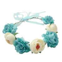 Blauer Blumenkranz als JGA-Kopfschmuck