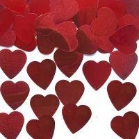Streudeko mit großen roten Metall-Herzen