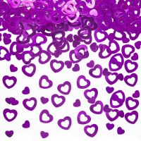 Streudekoration mit lila farbenen Herzen