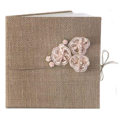 Hochzeits-Gästebuch mit Jute-Einband und Blumendeko