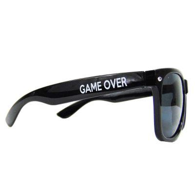 JGA-Artikel - Schwarze Sonnenbrille mit Game Over-Schriftzug