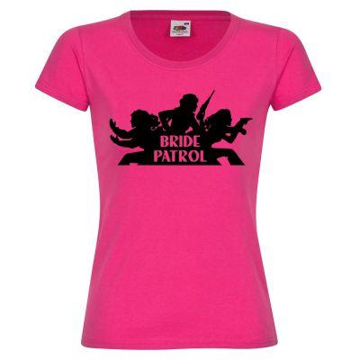 Pinkfarbenes Frauen-JGA T-Shirt mit Bride Patrol-Logo