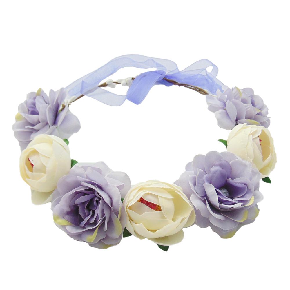 Lilafarbener Blumenkranz als JGA-Kopfschmuck