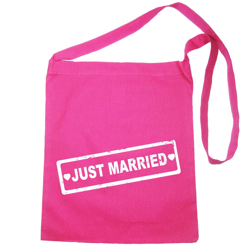 Umhänge-Tasche mit Just Married-Motiv