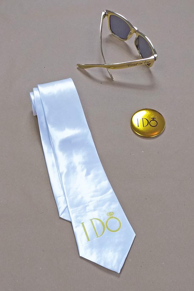 JGA Braut-Utensilien - I Do im Gold-Design