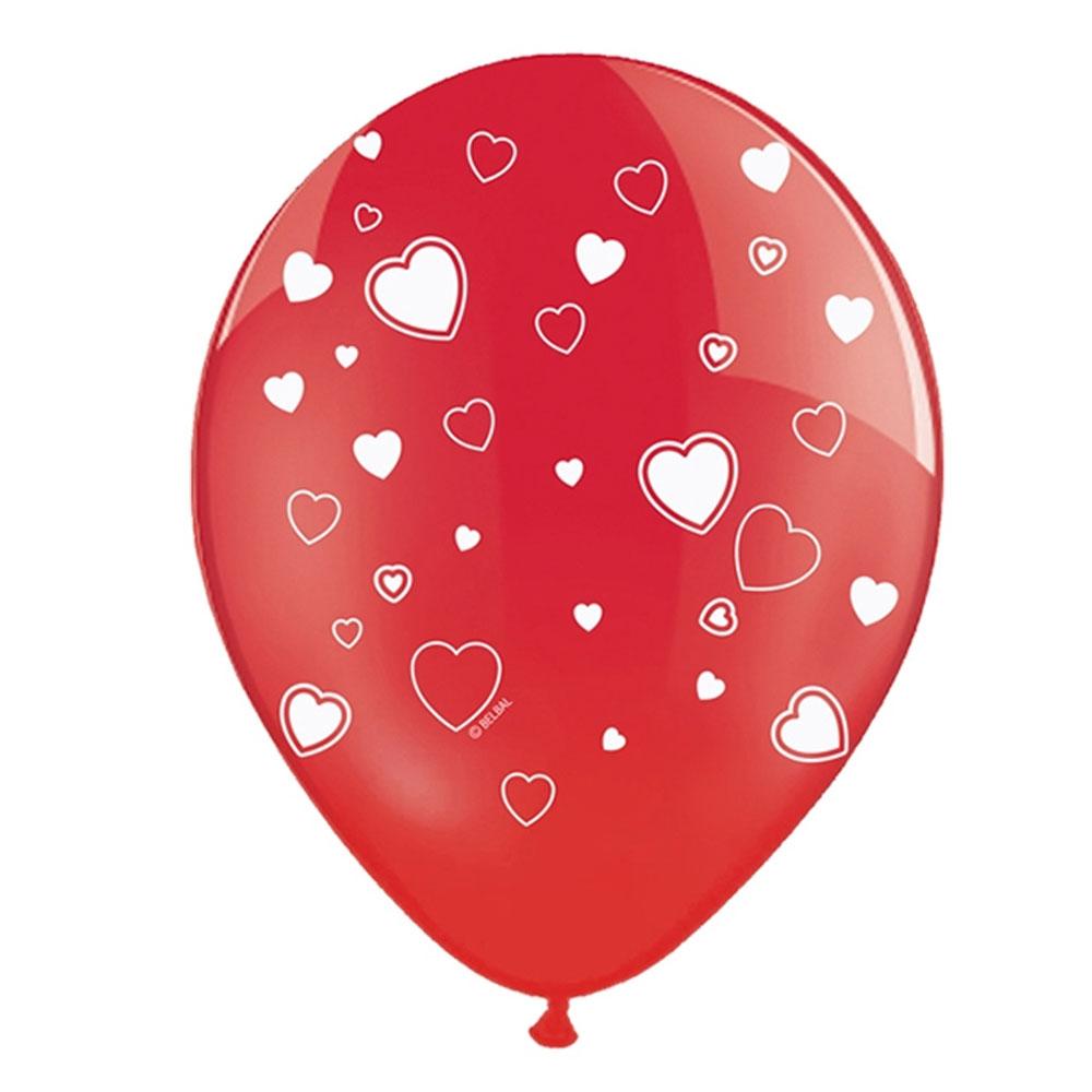 Roter Luftballon mit weißen Herzmotiven
