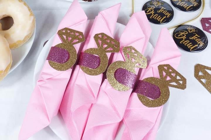 Bridal Shower Deko - Seviettenringe selber machen
