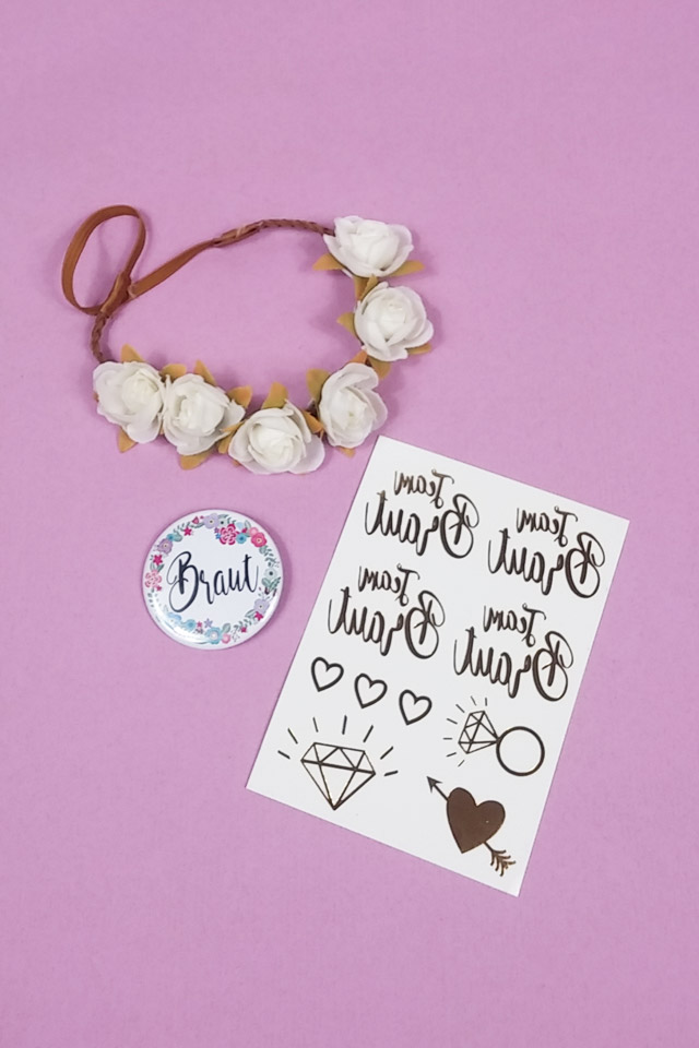 JGA Braut-Utensilien im Blumen-Stil - Haarband und Ansteck-Button