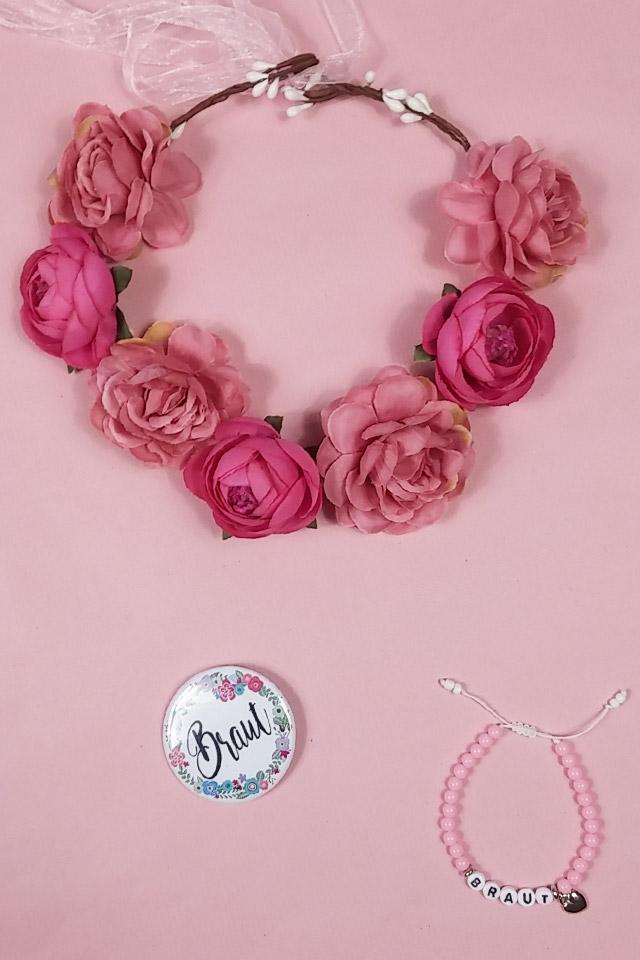 JGA Braut Accessoires im Blumen-Stil - Kopfschmuck und Anstecker