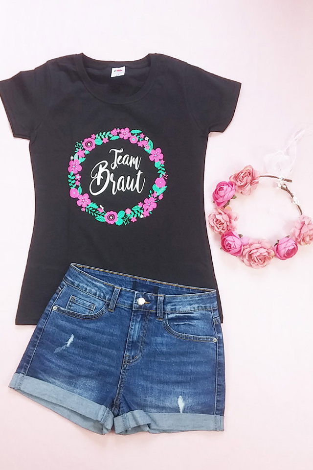 Team Braut JGA Outfit mit Blumenkranz-Motiv - Shirt und Kopfschmuck