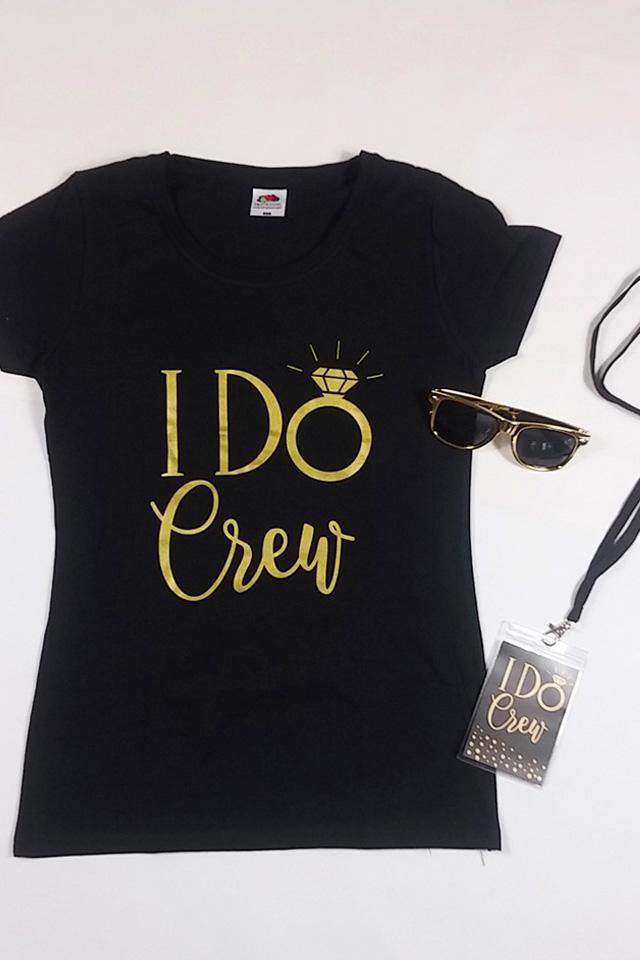 JGA Outfit I Do Crew in Gold - Shirt mit Ausweis und Sonnenbrille