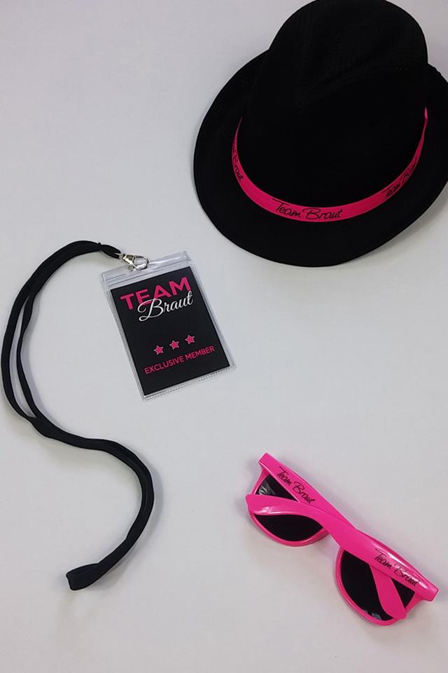 Team Braut JGA Accessoires in Pink-Schwarz - Hut mit Sonnenbrille und VIP-Ausweis