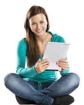 Trauzeugin mit Tablet PC